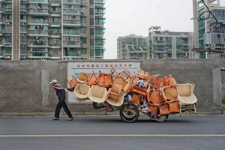 Modern day street peddler. Hangzhou, China 2013